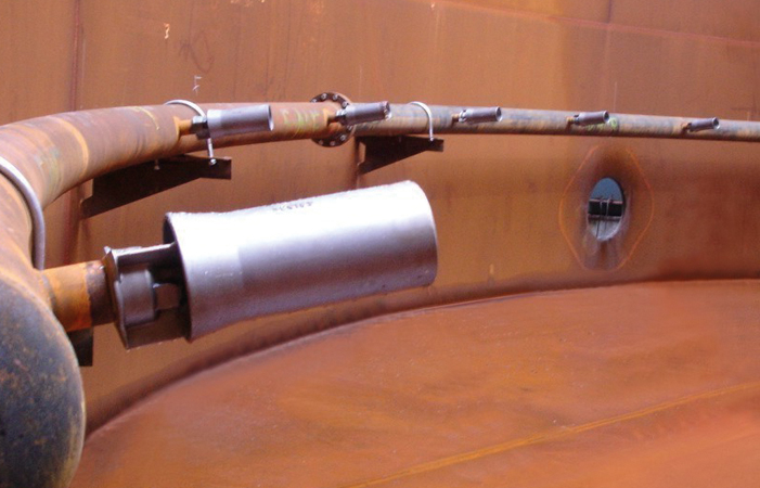 Körting mixing nozzles installed in a tank