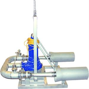 Mobile oxygen transfer system consisting of 2 ejectors and a submersible motor-driven pump mounted on a common base frame for application in the waste water treatment plant of a German gourmet food manufacturer. Installation took place by the Westfalen AG